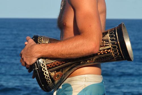 Kauai-Whale-Drummer