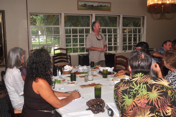 Bob Kurtz Sharing at Social Media Day