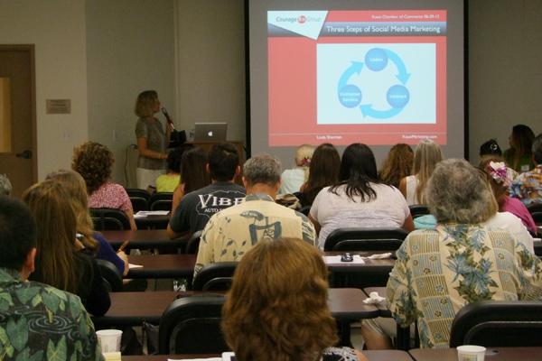 Linda Sherman teaching OCET Kauai Chamber Social Media