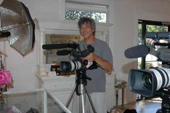 Ray Gordon filming video on location