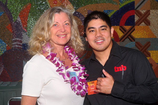 Linda Sherman with Quincy Solano at Hawaii Social Media Summit